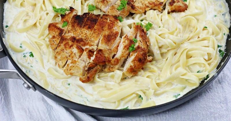 Image of Chicken Fettuccine Alfredo - Chicken Fettuccine Alfredo Recipe - Kultural Kreations